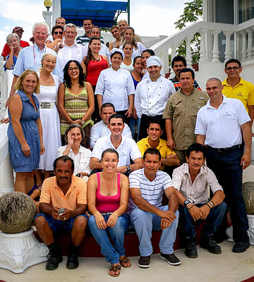 The staff of the Hotel Cristal Ballena